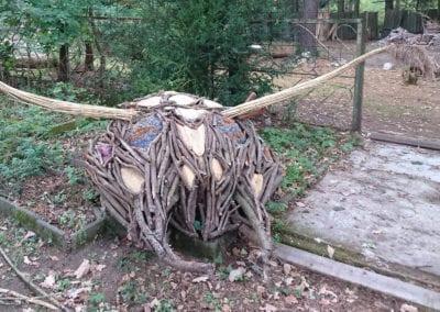 Holzkunst-Insektenkopf